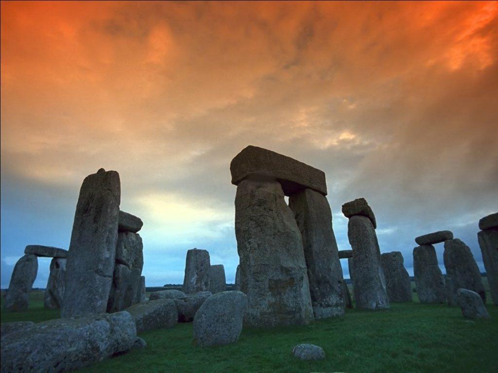 stonehedge02.jpg